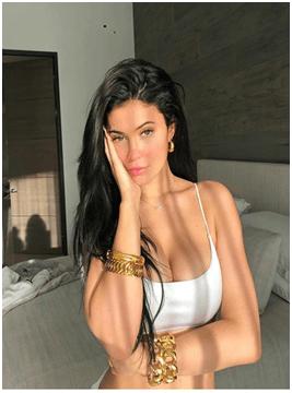 Kylie-Jenner-social-profile
